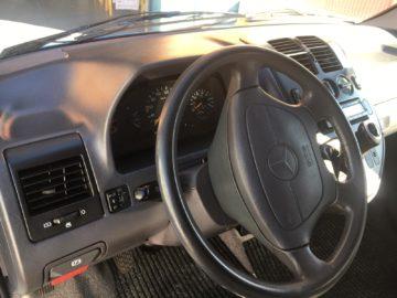 Mercedes-Vito-110D-11