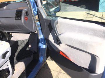 Mercedes-Vito-110D-21
