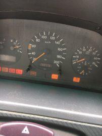 Mercedes-Vito-V230-TD-13